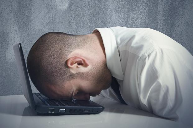 man_computer_depressed